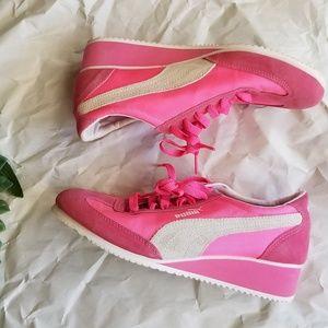 《Puma》Lifestyle Caroline Fluorescent Pink Sneakers
